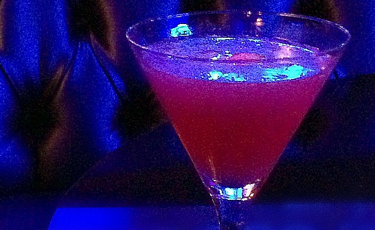 "Sip A Raspberry Lemon Parker at The Algonquin's ""Blue Bar"""